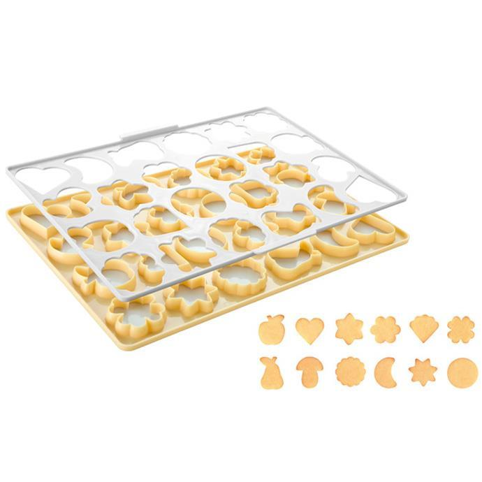 TRADITIONAL COOKIE CUTTING SHEET